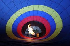 Een foto van binnenuit een hete luchtballon dichtbij Goreme in het Cappadocia-gebied van Turkije wordt genomen dat Stock Afbeelding