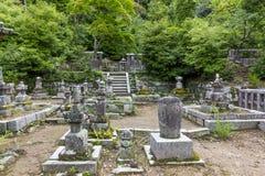 Een fragment van een traditioneel tempelkerkhof in Kyoto, Japan stock foto