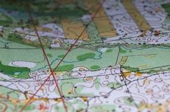 Een fragment van topografische kaarten voor het orienteering stock afbeeldingen