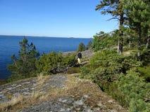 Een gang op een eiland op de golf van Finland royalty-vrije stock fotografie