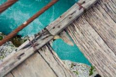 Een gat in een brug stock fotografie