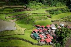 Een geïsoleerd dorp op de Batad-rijstterrassen royalty-vrije stock afbeeldingen
