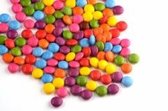 Een gekleurd assortiment van snoepjes Stock Foto's