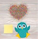 Een gelukkige uil werpt een multicolored confetti in de vorm van een hea vector illustratie