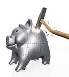 Het gepantserde spaarvarken verzet tegenzich aan een klap van een hamer Stock Foto