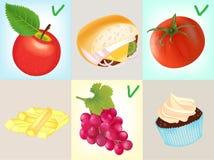 Een Gezonde voeding: Tomaat, Apple en een Bos van Druiven Stock Fotografie