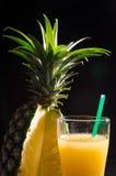 Een glas Ananassap Stock Fotografie