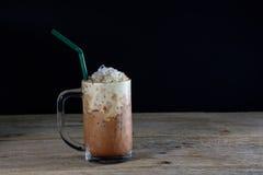 Een glas ijskoffie Royalty-vrije Stock Afbeeldingen