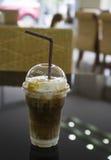 Een glas ijskoffie Stock Afbeelding