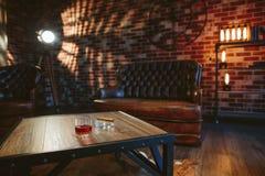 Een glas met alcohol Stock Afbeelding