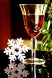 Een glas wijn op de lijst Stock Afbeelding