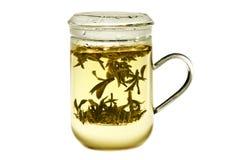 Een glaskom met hete Chinese thee. Royalty-vrije Stock Foto's