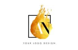 Een Gouden Brief Logo Painted Brush Texture Strokes Royalty-vrije Stock Fotografie