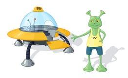 Een groene drie-eyed vreemde taxibestuurder in een gele T-shirt en blauwe borrels bevindt zich dichtbij een geel UFO met een open Royalty-vrije Stock Afbeeldingen