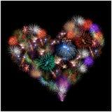 Een groep exploderend die vuurwerk als een hart wordt gevormd Royalty-vrije Stock Fotografie