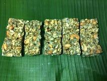Een groep Thaise zoete snacks, graangewassenvoorraden royalty-vrije stock foto