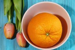 Een groot Oranje fruit Stock Afbeelding
