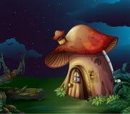 Een groot paddestoelhuis bij het bos royalty-vrije illustratie
