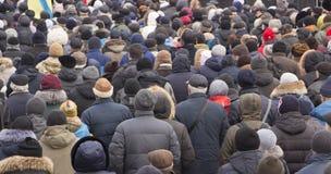 Een grote menigte van mensen op demonstraties of protesten royalty-vrije stock afbeeldingen
