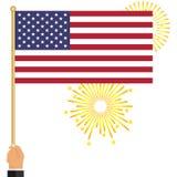 Een hand houdt een Amerikaanse vlag royalty-vrije illustratie