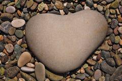 Een hart-vormige steen Stock Afbeeldingen