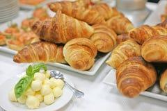 Een heerlijk ontbijt in een hotel Stock Afbeeldingen