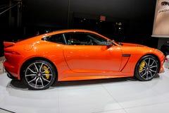 Een het Type SVR van Jaguar F tentoongesteld voorwerp bij 2016 New York Internationale A Royalty-vrije Stock Foto's
