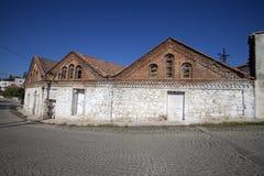 Een historische olijfoliefabriek in Edremit, Balikesir, Turkije stock afbeelding