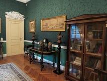 Een hoek in een ruimte in het Iulia Hasdeu-paleis stock afbeeldingen