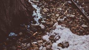 Een Hoek ter plaatse op Koude Ijzige Sneeuw in een Oude Stad Coeur D ` Alene Idaho royalty-vrije stock foto