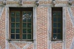 Een huis in Cahors, Frankrijk wordt gesitueerd, werd gebouwd met bakstenen die Royalty-vrije Stock Foto