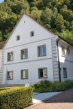 Een huis in Vaduz, Liechtenstein stock fotografie