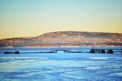 Een ijzige brug Stock Foto's