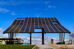 Een immens paneel van zonlicht in een park van Acobendas Royalty-vrije Stock Fotografie