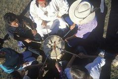 Een Indische pow wauw voor aardemilieu in Grote Sur Californië royalty-vrije stock foto