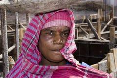 Een Indische vrouwelijke arbeider Royalty-vrije Stock Fotografie
