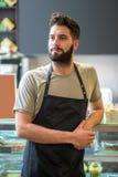 Een jonge baristamens Stock Fotografie