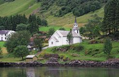 Een kerk in fiords Stock Foto