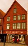 Een Klassieke Noorse Winkel in Bergen, Noorwegen royalty-vrije stock afbeeldingen