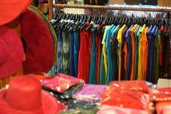 Een kledingstuk in opslag royalty-vrije stock afbeelding