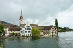 Een klein dorp op het meer in Beieren op het Meer van Konstanz stock afbeelding