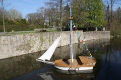 Een klein schip Royalty-vrije Stock Afbeelding