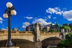 Een kleine brug in Ottawa Stock Afbeeldingen