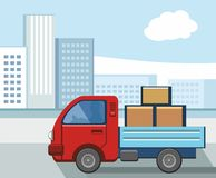 Een kleine vrachtwagen dragende lading in de stad Royalty-vrije Stock Afbeeldingen