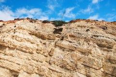 Klip met het morsen van sedimentaire aardelagen Royalty-vrije Stock Afbeeldingen