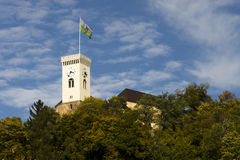 Een klokketoren van het Kasteel van Ljubljana stock afbeelding