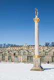 Kolom en tuin van Paleis Sanssouci. Potsdam, Duitsland. Stock Afbeeldingen