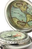 Een kompas om de Wereld te onderzoeken Stock Afbeeldingen