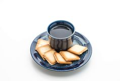 een kop thee met romig koekje royalty-vrije stock foto
