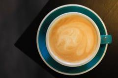 Een kop van de koffie van Cappuccino's royalty-vrije stock afbeelding
